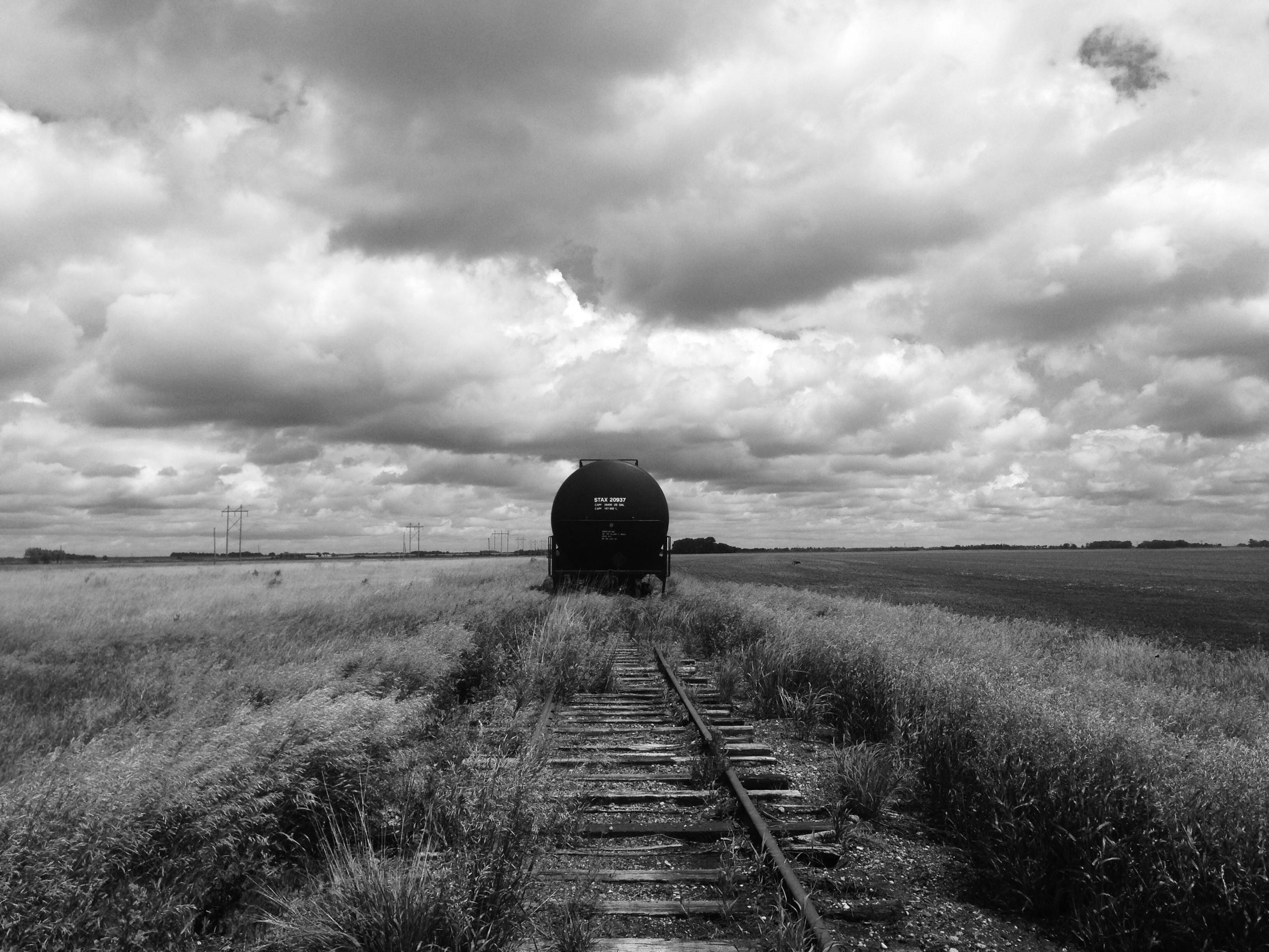 train prairie - blackandwhitephotography - davidjdeal | ello