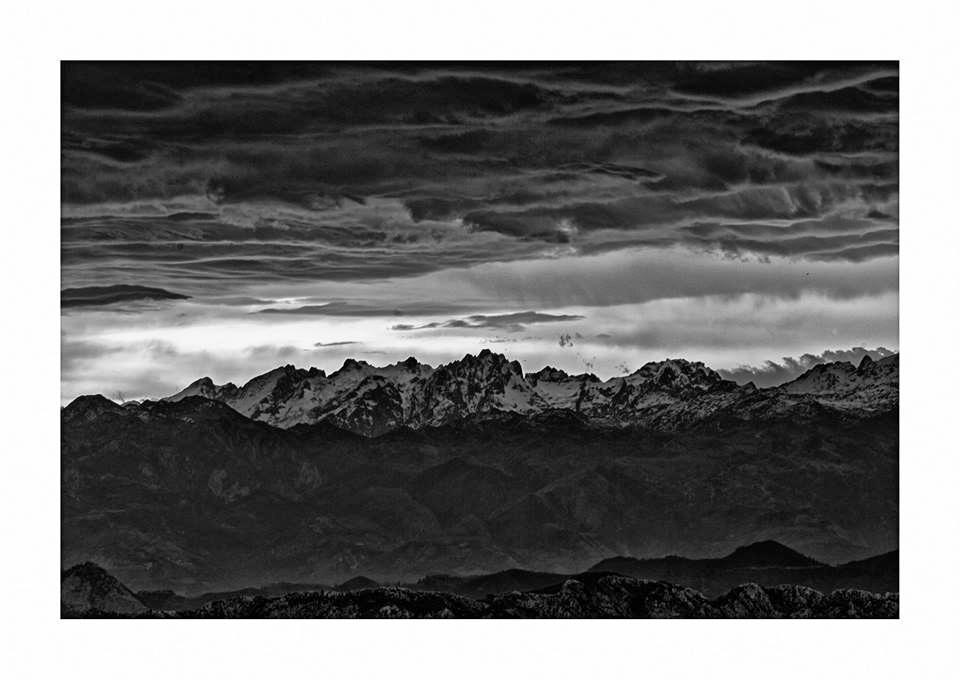 Sunrise, Macizo Central Picos d - guillermoalvarez   ello