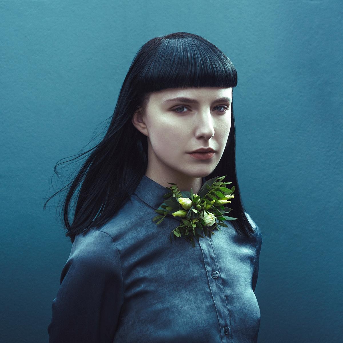 Photographer:Julia Dunin Flowe - darkbeautymag   ello