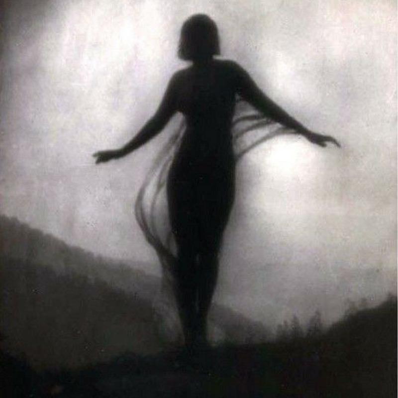 La Brise Anne Brigman - blackandwhitephotography - marla_simone | ello