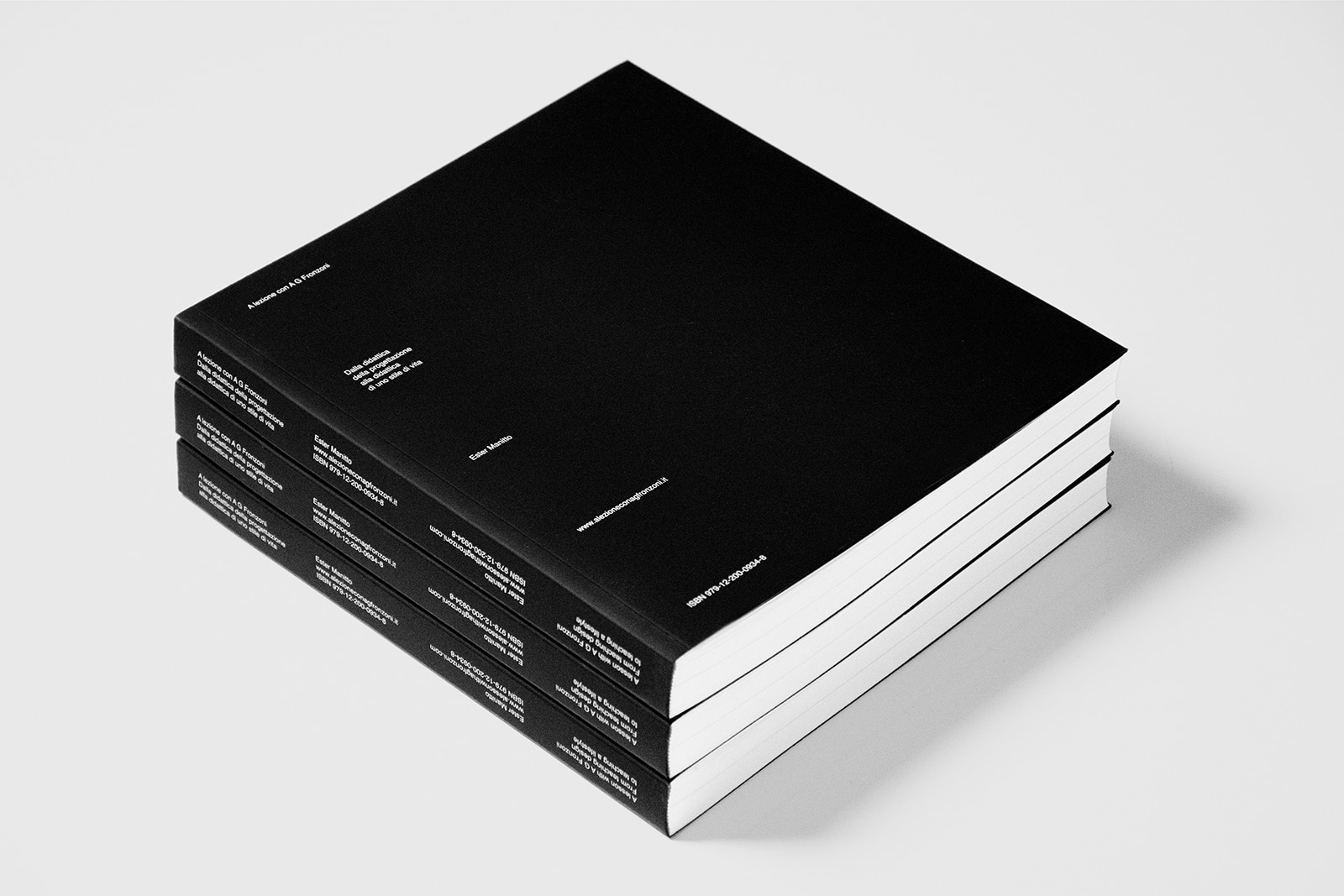 latest reading minimalism: less - minimalissimo | ello