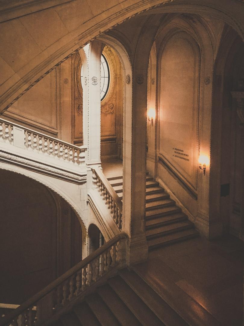 Musée du Louvre, Lefuel stairca - scappiamosuaberlino | ello