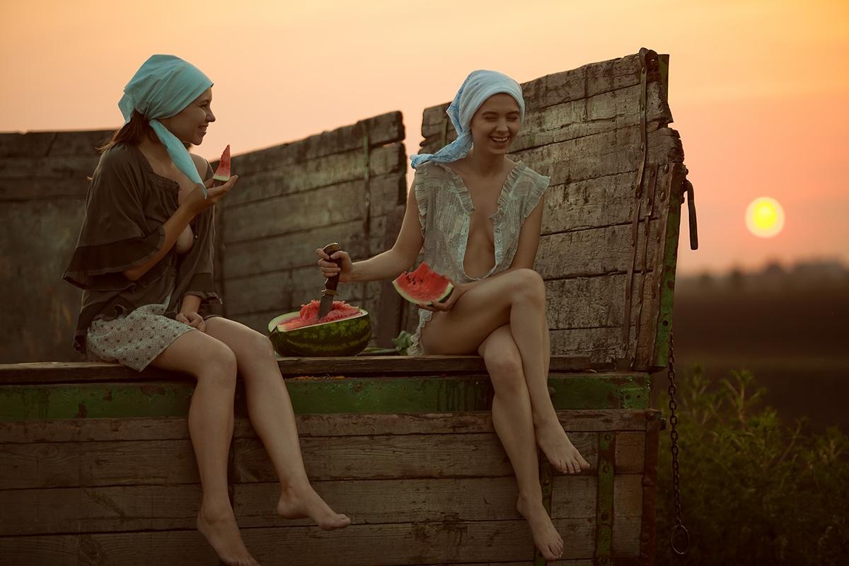 Girls farm - actyon | ello