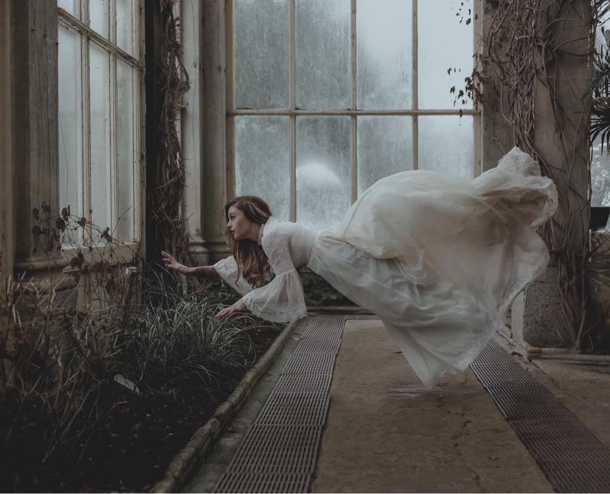 attempt levitation - photography - ragib | ello