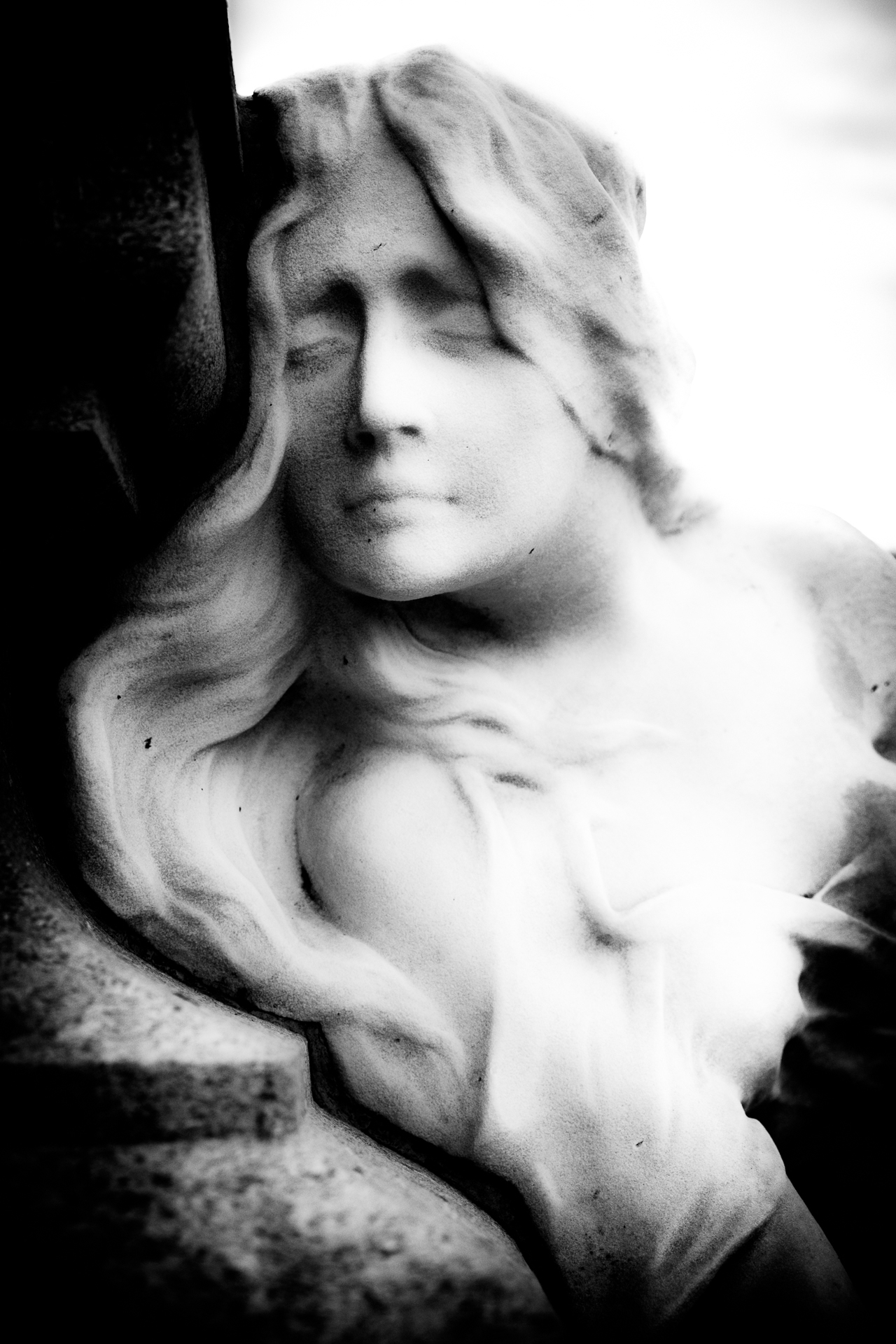 Resting Peace - statue, cemetery - ericvandael | ello