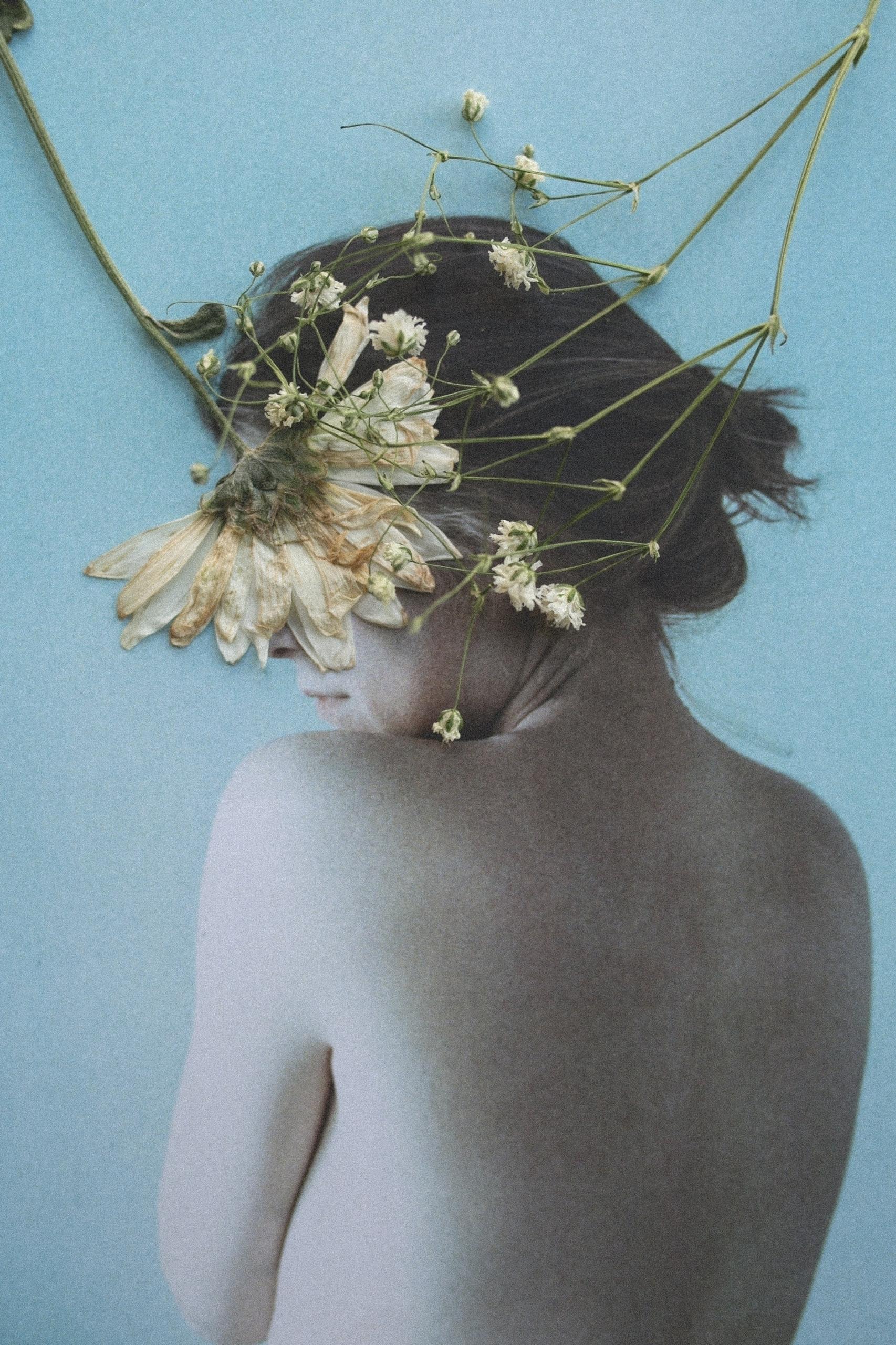 'Inmarcesible - Portrait, flowers - mariajett   ello