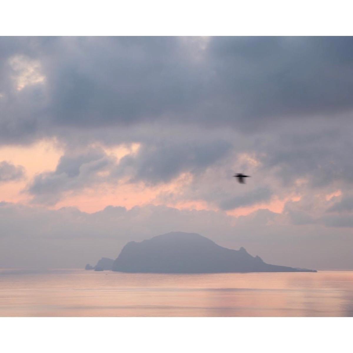 Sicily, minimalist, landscape - madebyfelix | ello