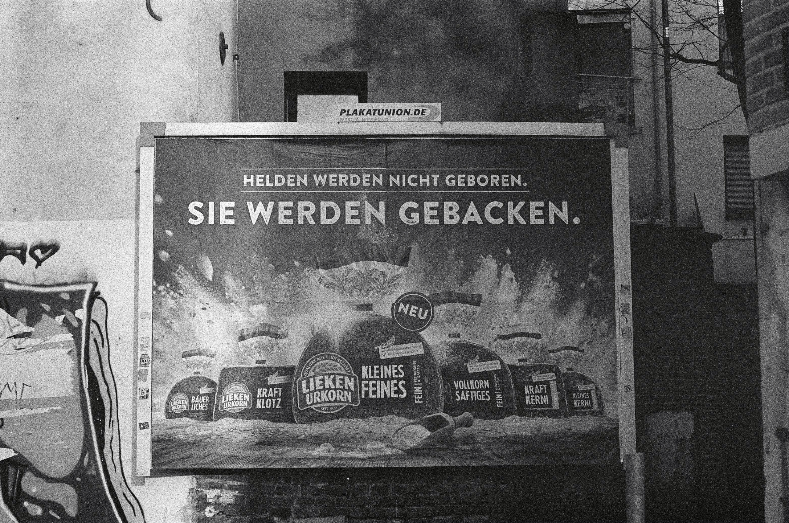 Helden Camera: PENTAX smc 1:1.7 - walter_ac   ello