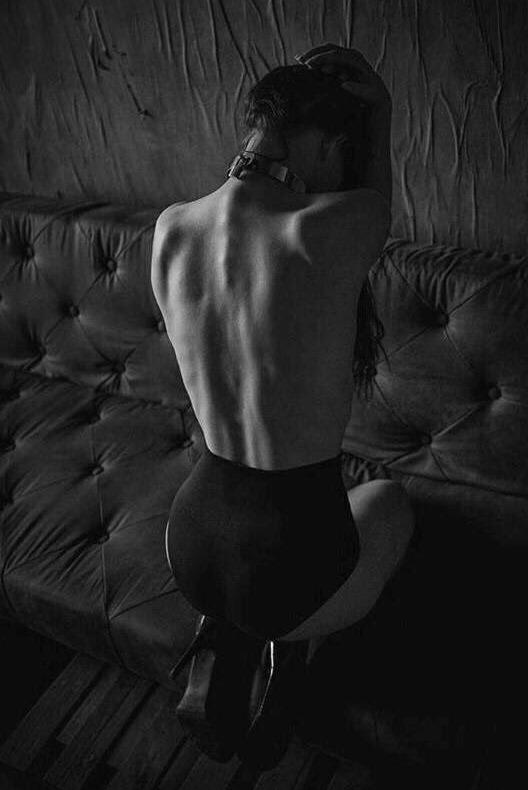 bareback - bw - dark_george | ello