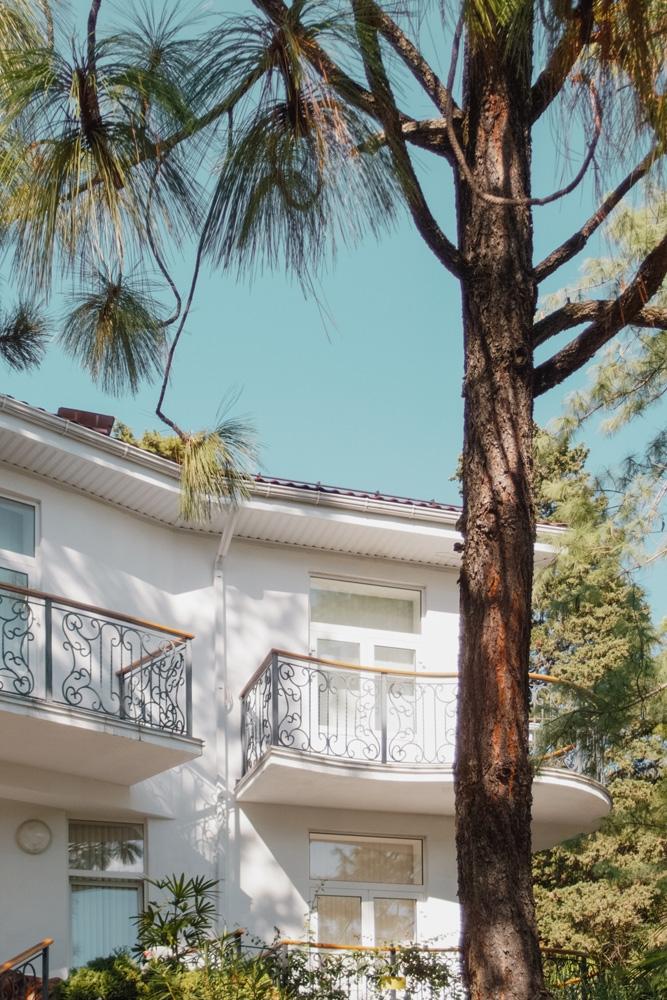 White residence - andreigrigorev | ello