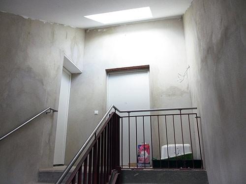 Das Treppenhaus Metallgeländer  - rm16   ello