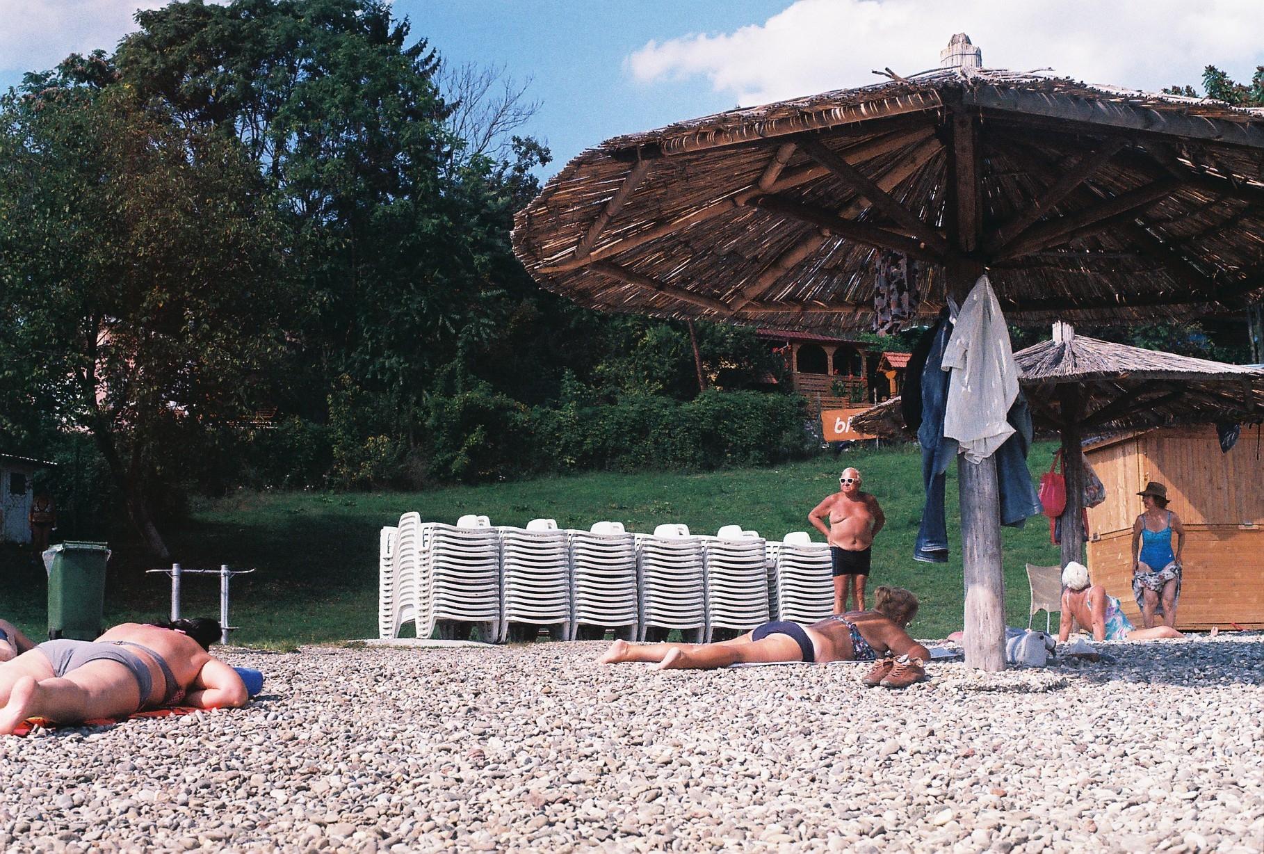 days beach - analogphotography, zenit11 - leila_h | ello