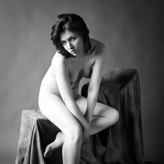 nude etude - zanzib, monochrom, portrait - zanzib | ello