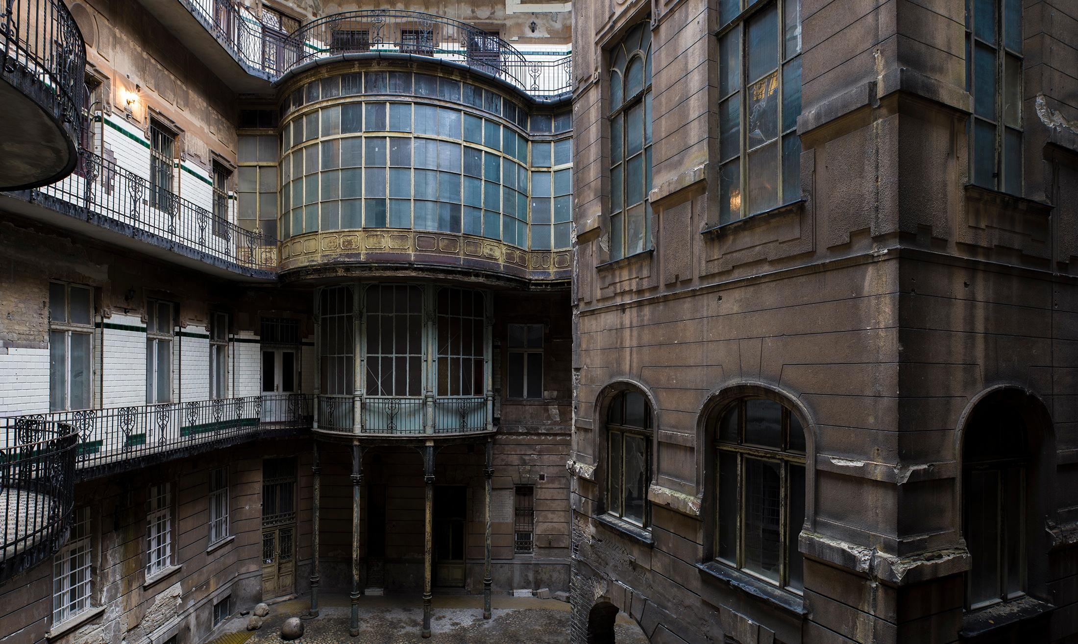 Art nouveau courtyard Hungary.  - forgottenheritage   ello