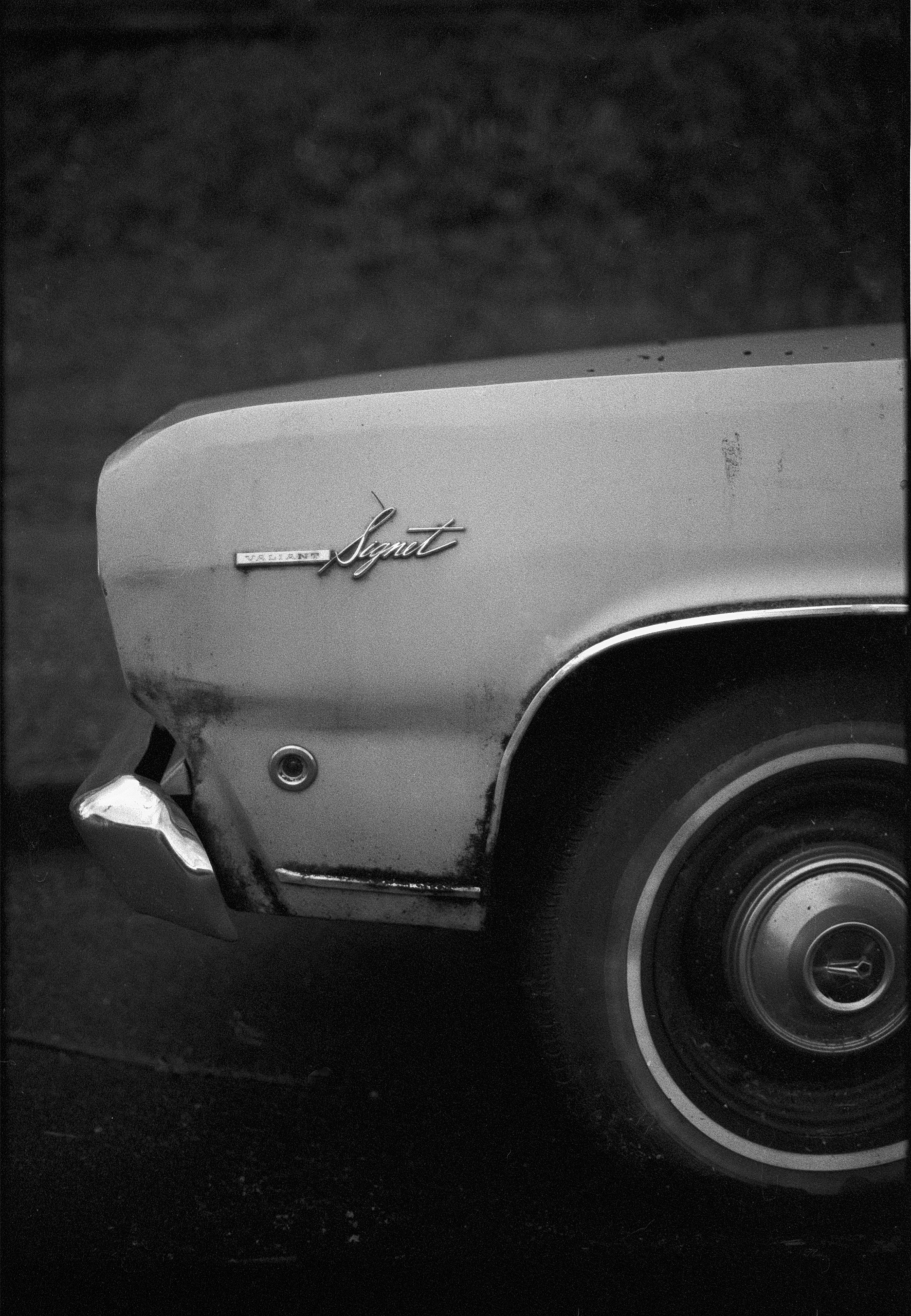 Plymouth Valiant Signet. Plenty - kch | ello