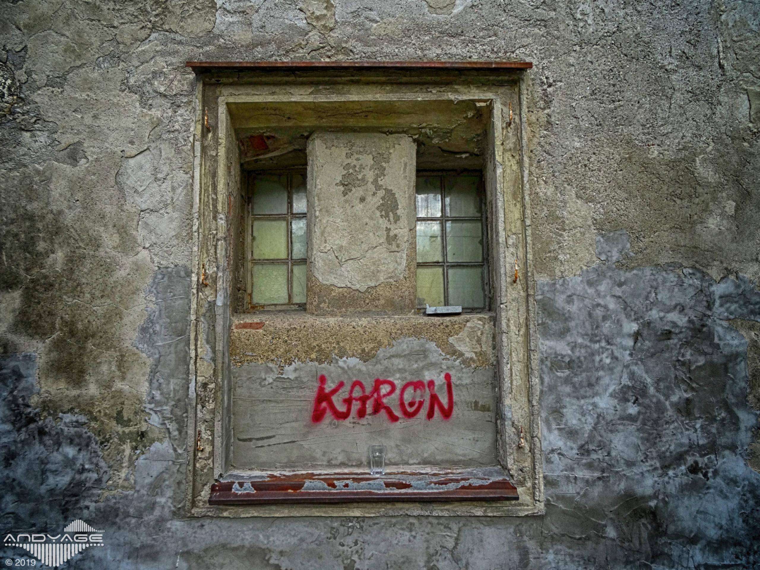 KARON BEACH ! . Maribor / Slove - andyage   ello